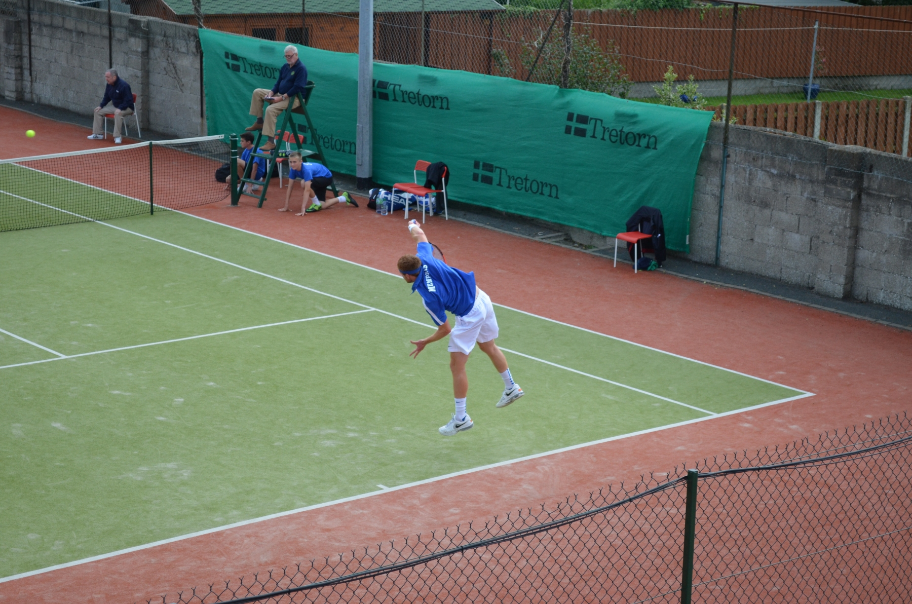Dave-OHare-serving